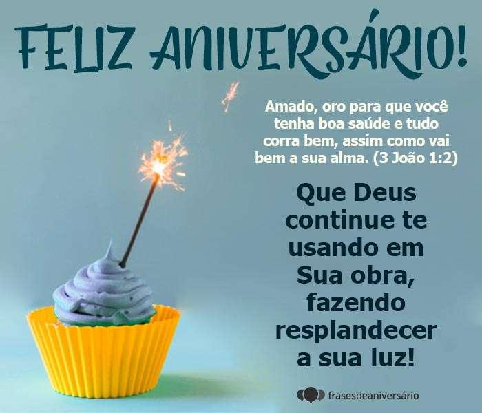 Feliz Aniversário, Deus Continue te Usando